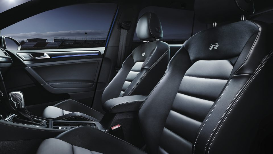 2019 Golf R leather seating